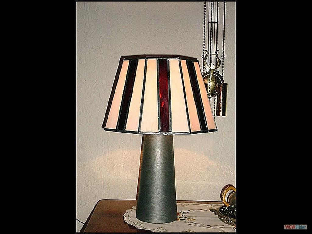 Lamp_paars